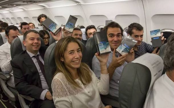 Passengers Gifted Samsung Galaxy Note 8