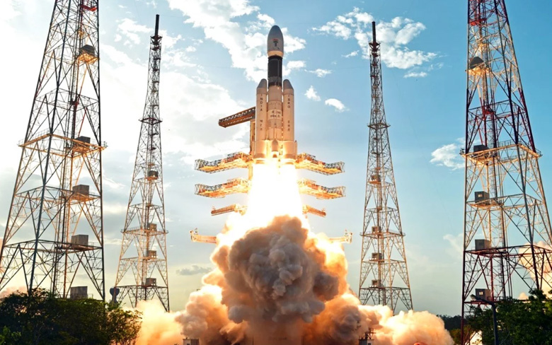 Image result for ISRO and ROSCOSMOS to work together for India's first manned lunar mission