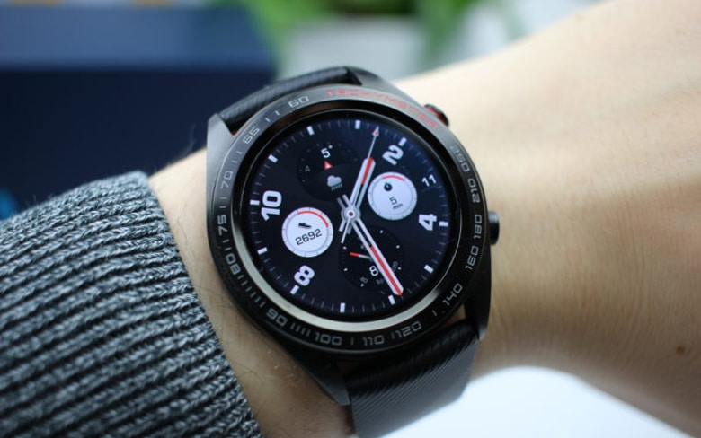 Showing Honor Watch Magic Smartwatch on the Wrist