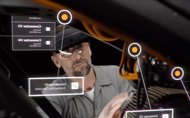 Microsoft HoloLens 2 Used for Knowing Specification