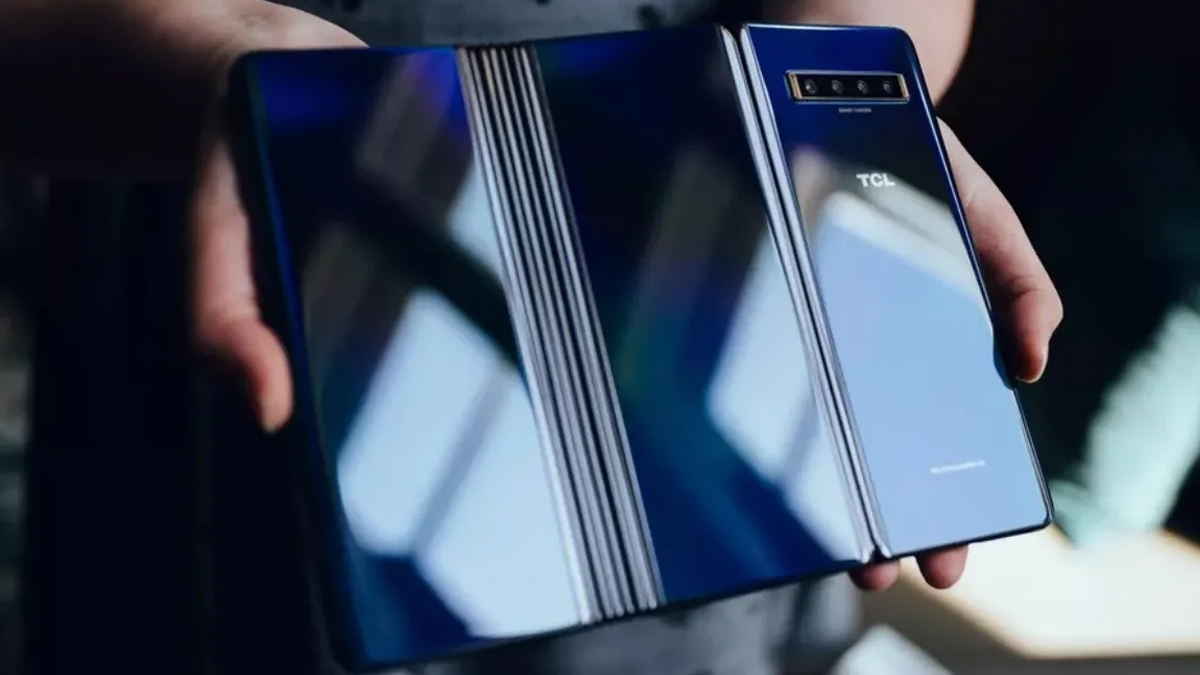 Tcl Triple Foldable Phone