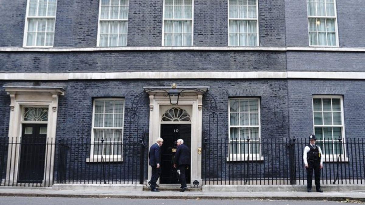 Boris Johnson Meeting At 10 Downing Street
