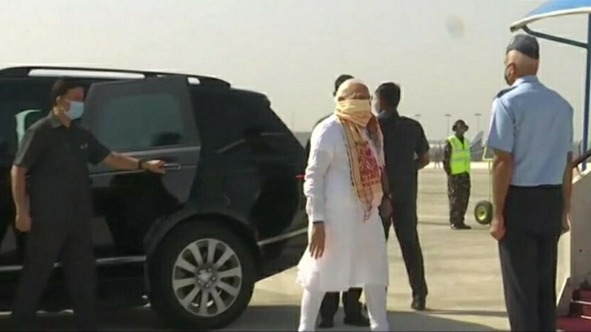 PM Arrives At Kolkata Airport
