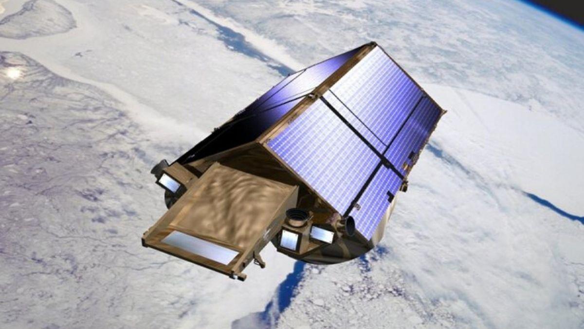 Cryosat In The Earth Orbit