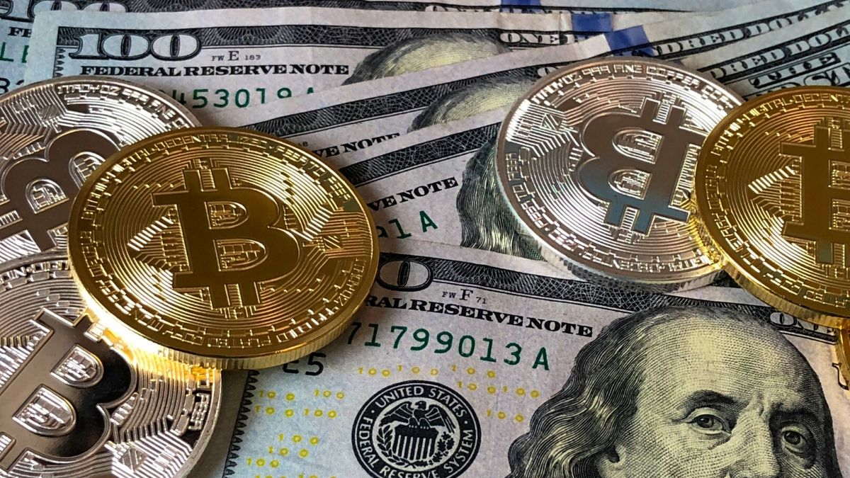 What is bitcoin and how the currency works? Everything you need to know |  TechGenyz
