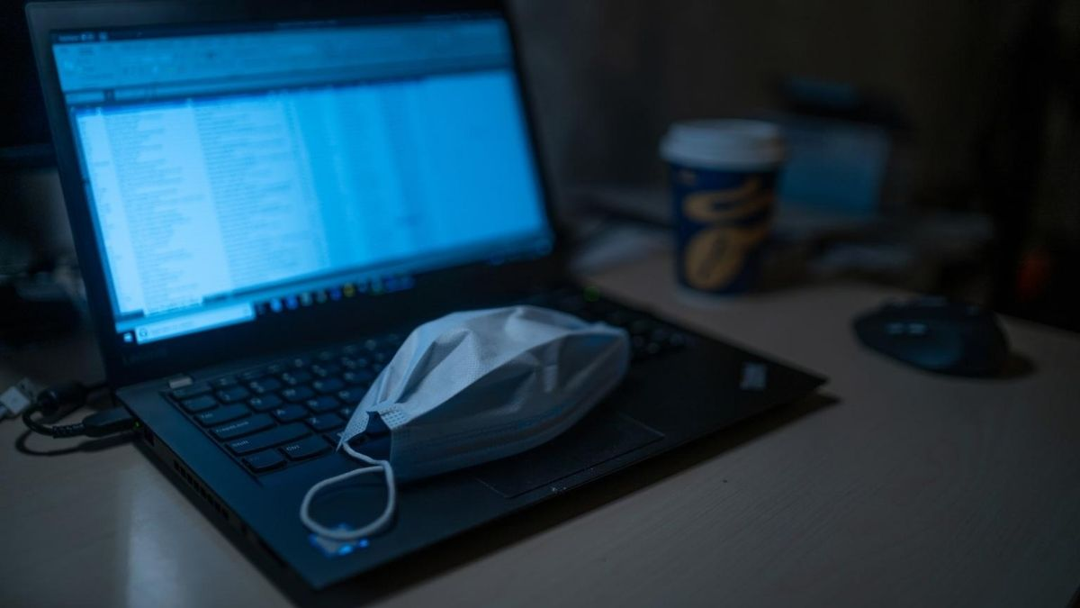 Laptop And Mask