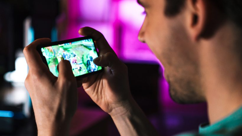 Gaming Online On Smartphones