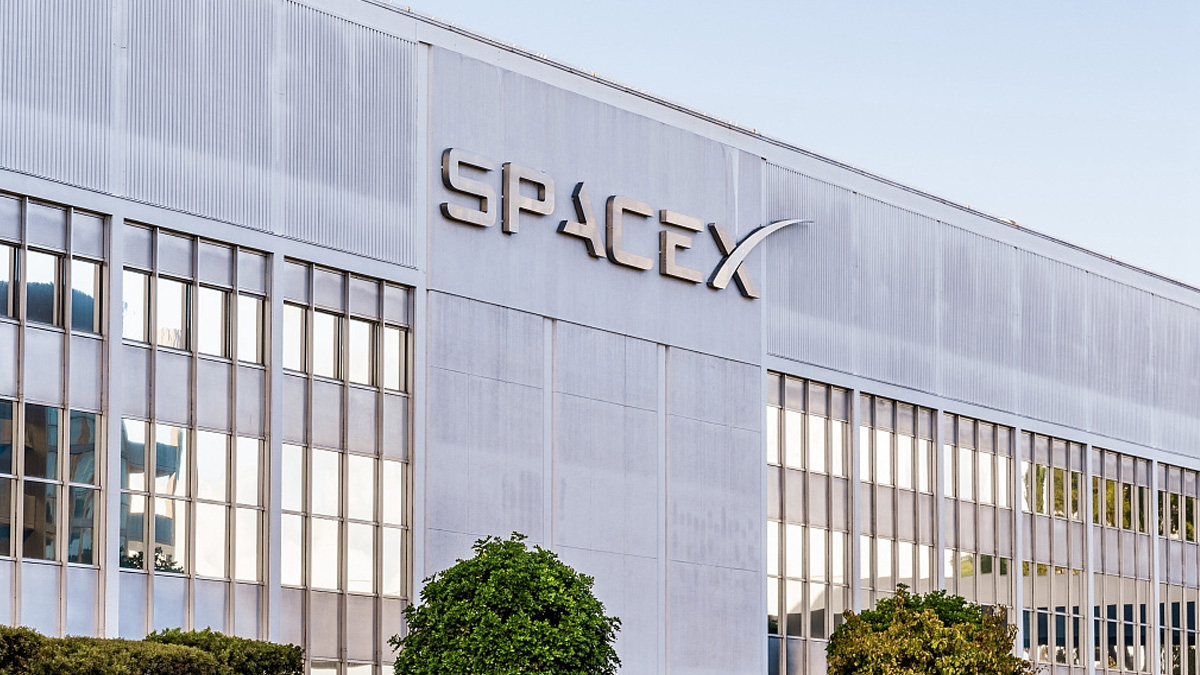 SpaceX And Microsoft Team Up