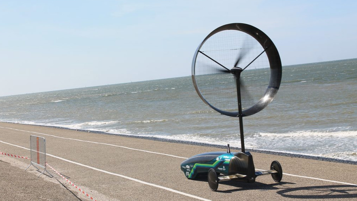 Lenovo Wind Powered Cars