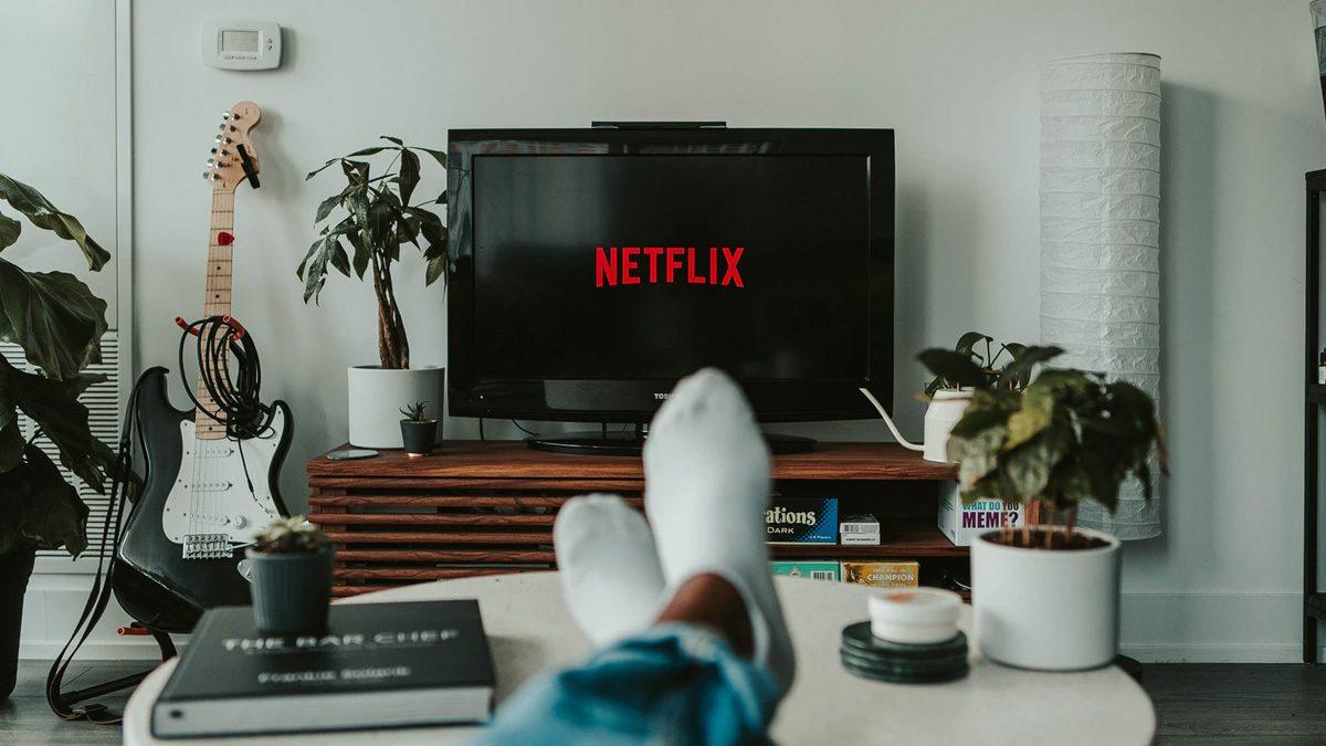 How to watch Netflix when you are overseas? | TechGenyz
