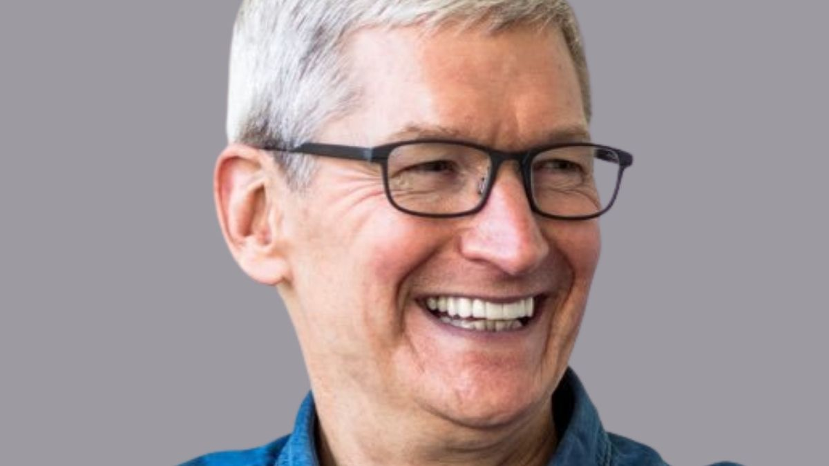 Apple CEO Tim