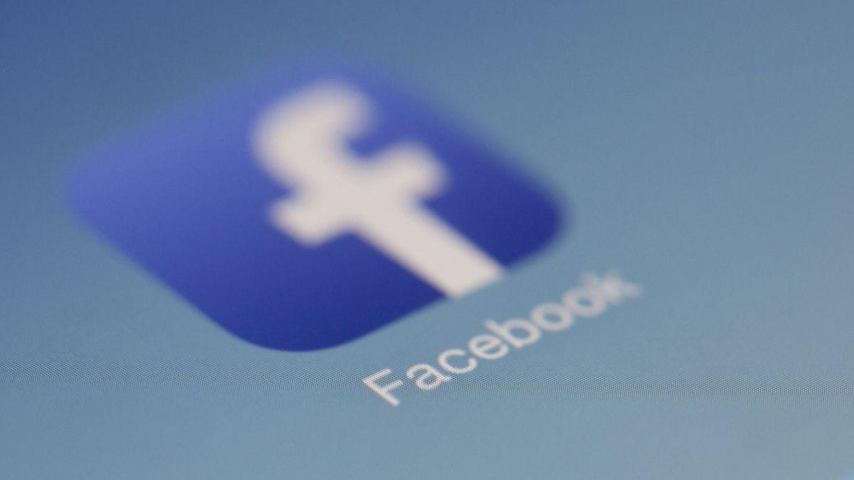 Facebook Blur