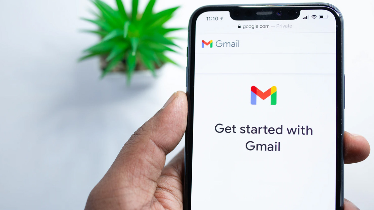 Gmail Chat Room