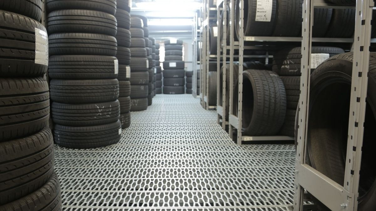 Tyres Piled Up