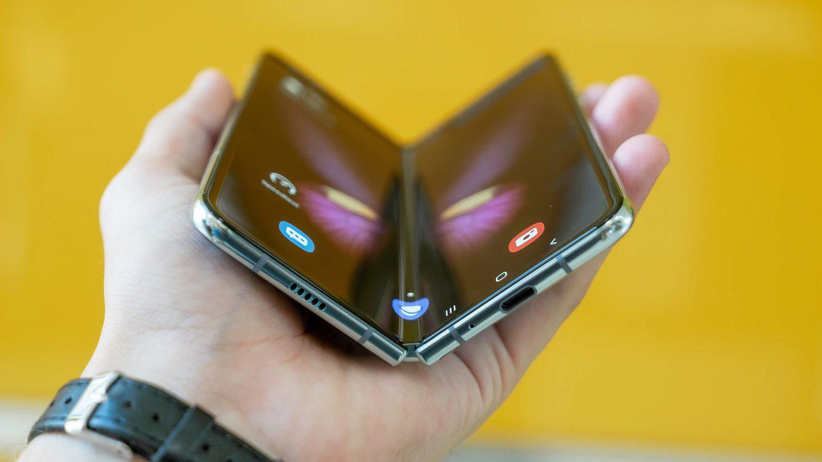 Samsung Phone Sells