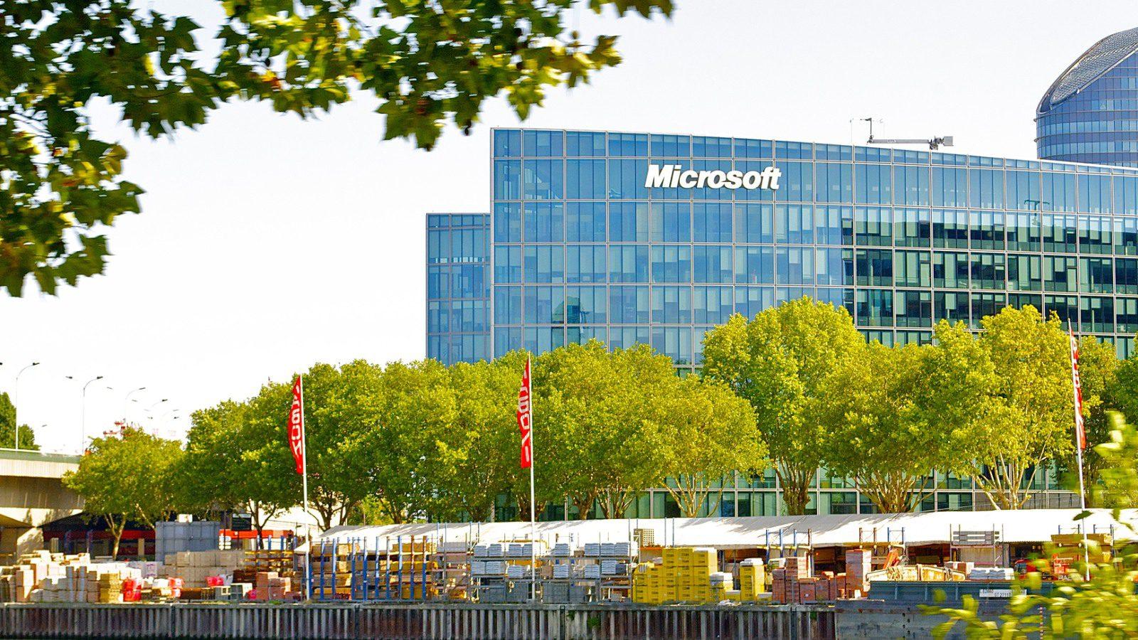 Microsoft And Oyo Partnership