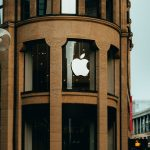 Apple legal battle with huawei